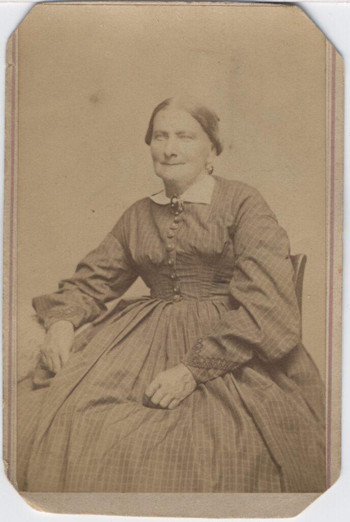 LJTP 100.166 - Samuel Root - Older Woman - c1867