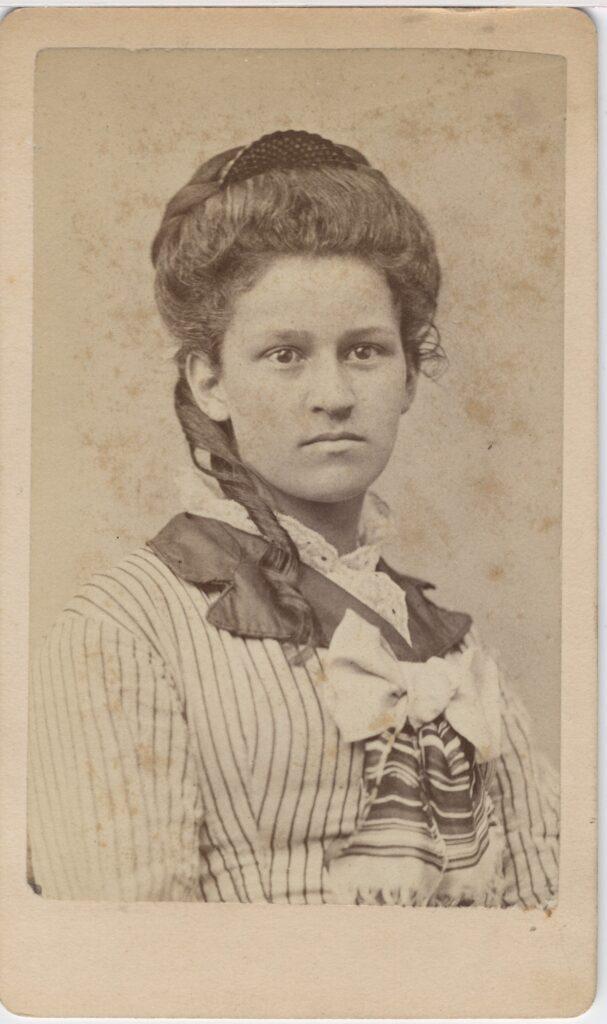 LJTP 100.170 - Samuel Root - Young Woman - c1875