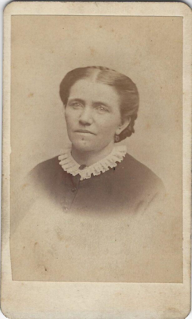LJTP 100.173 - Samuel Root - Woman - c1885
