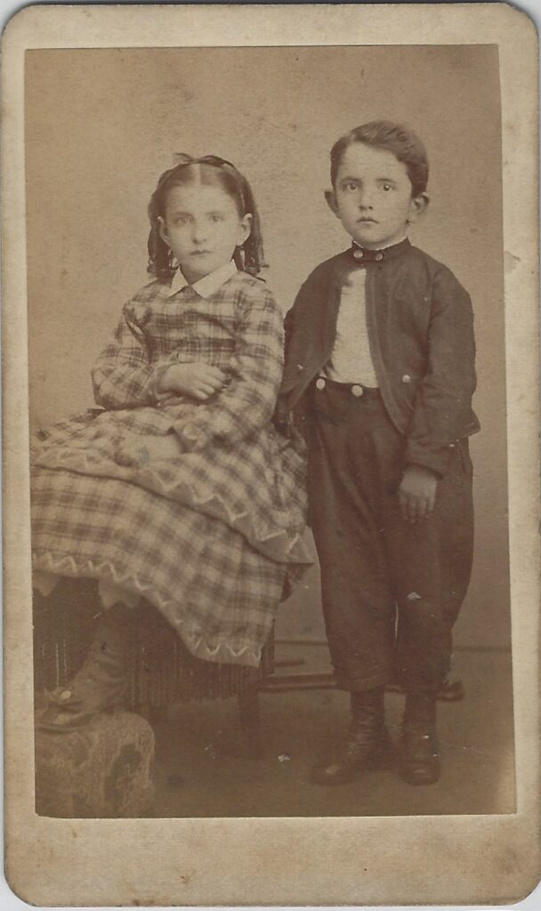 LJTP 100.174 - Samuel Root - Brother and Sister - c1885